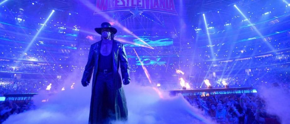 Catch (WWE, ECW, TNA) - Page 29 Wwe-news-the-undertaker-pulled-live-events-retirement-jim-ross-1-933x400